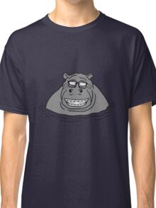nerd geek hornbrille schlau klug pickel freak zahspange lustig nilpferd dick wasser schwimmen dick groß see tümpel comic cartoon  Classic T-Shirt