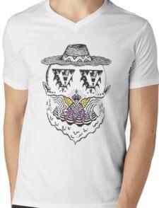 C H I L L I N  Mens V-Neck T-Shirt