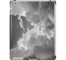 Black And white Sky With Dramatic Storm Clouds iPad Case/Skin