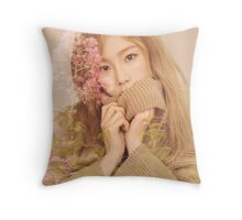taeyeon GG Throw Pillow