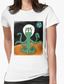 Three eyed alien Womens Fitted T-Shirt
