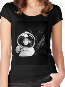 Ripley and the Beast Women's Fitted Scoop T-Shirt