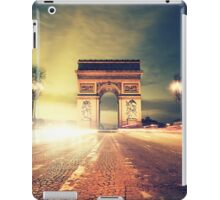 paris skyline iPad Case/Skin