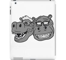 kopf gesicht nerd team freunde duo geek hornbrille schlau klug pickel freak zahspange lustig nilpferd dick groß comic cartoon  iPad Case/Skin