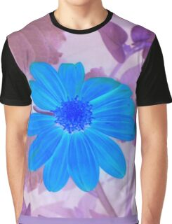 Inverted Color Flower Graphic T-Shirt