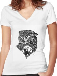 Night Owl Women's Fitted V-Neck T-Shirt