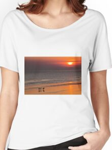 Surfers end of the day Women's Relaxed Fit T-Shirt