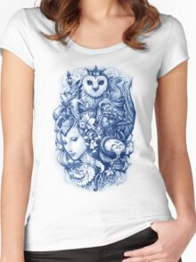 FABLES Women's Fitted Scoop T-Shirt