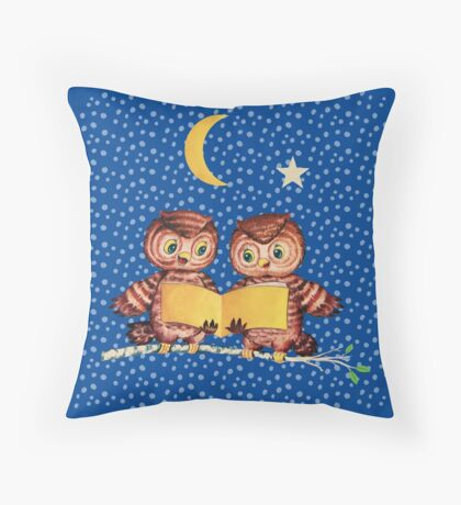 Cute Baby owls starry night pattern, moon Throw Pillow