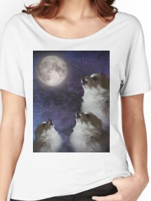 Pupper Howling at Moon Women's Relaxed Fit T-Shirt