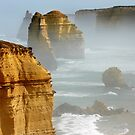 12 Apostles - Great Ocean Road by Hans Kawitzki