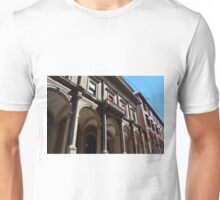 Building from Bologna with columns and arches Unisex T-Shirt