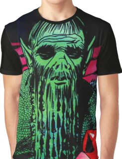 The swamp monster carrying his victim Graphic T-Shirt