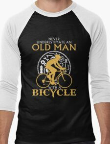 Never Underestimate an old man with a  Bicycle Men's Baseball ¾ T-Shirt