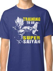 Training To Go Super Saiyan (Goku Hardcore Squat) Classic T-Shirt