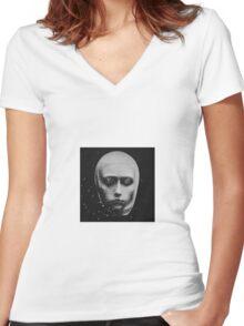 dust Women's Fitted V-Neck T-Shirt