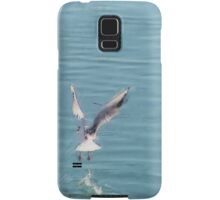 Seagull over the water Samsung Galaxy Case/Skin