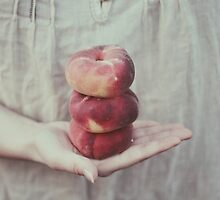 Peaches by Indea Vanmerllin