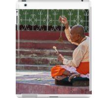 Nun, Shwemawdaw Paya, Bago iPad Case/Skin