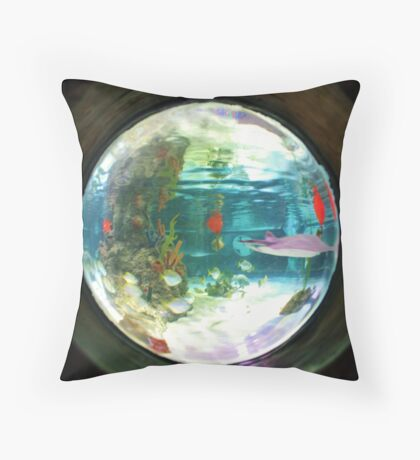 Aquarium fish-eye lens Throw Pillow