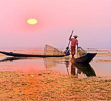Sunset over Inle Lake by bulljup