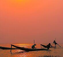 Inle Fishermen. by bulljup