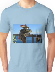 7 August 2016 Photography of many locks on a fence in Vernazza, Italy Unisex T-Shirt