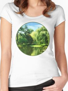 Willow By the Lake Women's Fitted Scoop T-Shirt