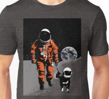 Astronaut walking his dog on the moon Unisex T-Shirt
