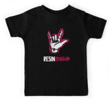 ResinSwag BJD Hand Pink Kids Tee