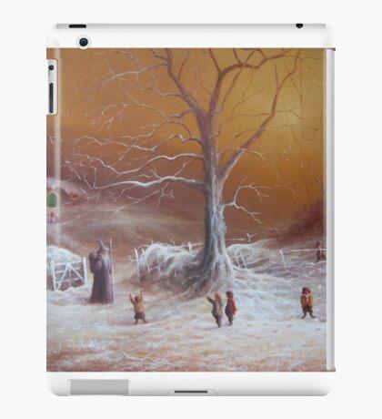 Yuletide (A Wizard Bearing Gifts) iPad Case/Skin