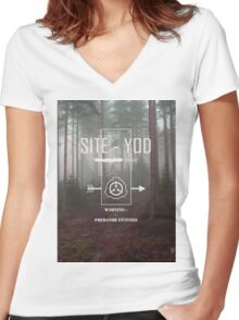 Site-Yod SCP Visual Women's Fitted V-Neck T-Shirt
