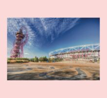 West Ham FC Stadium And The Arcelormittal Orbit  One Piece - Short Sleeve