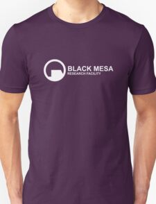 Black Mesa Research Facility T-Shirt