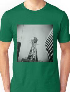日立タワー Unisex T-Shirt
