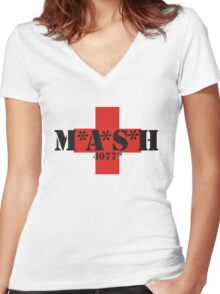 Mash 4077th Women's Fitted V-Neck T-Shirt
