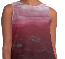 Mount Warning in Red Contrast Tank