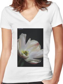 Apricot Tulip Women's Fitted V-Neck T-Shirt
