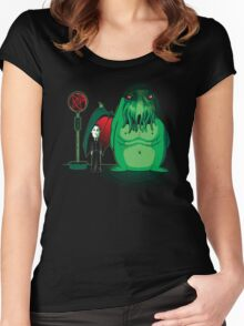 Cthulhu Waits Women's Fitted Scoop T-Shirt