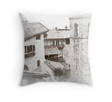 monochromeArt / 58 Throw Pillow