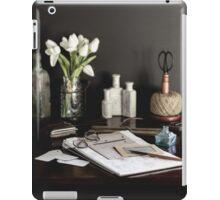 Write in Retro iPad Case/Skin