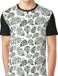 Floral seamless pattern with green fern leaves Graphic T-Shirt