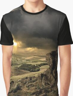 LooK Graphic T-Shirt