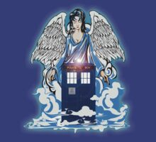 The angel has a phone box T-Shirt