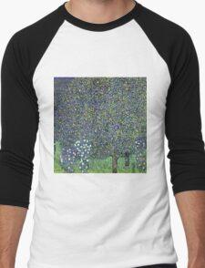 Gustav Klimt - Roses Under The Trees  Men's Baseball ¾ T-Shirt