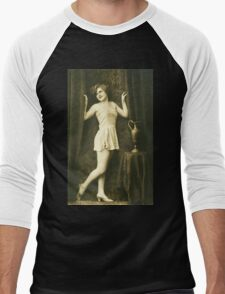 A portrait of A Victorian Lady vintage photograph Men's Baseball ¾ T-Shirt