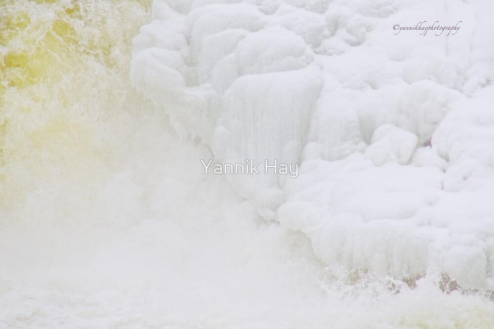 Water and Sugar Bread by Yannik Hay