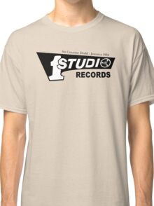 Studio 1 Ordinary Style Classic T-Shirt