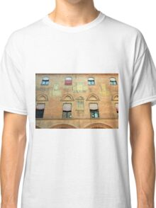Classical red brick facade from Bologna Classic T-Shirt