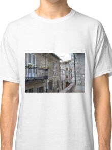 Street from Assisi with stone buildings Classic T-Shirt